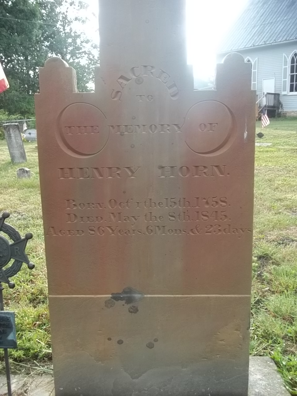 Henry Horn tomb stone2